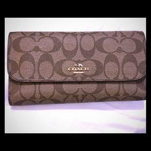 Coach wallet like NEW!